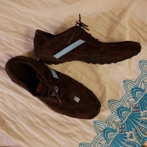 Polo brown suede tennishoes size 91/2.